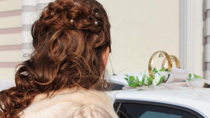 Allungare i capelli con effetto naturale
